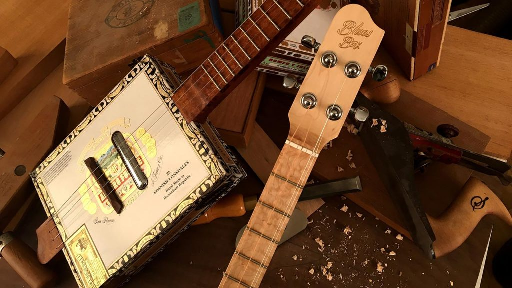 BluesBox Guitars by Custom Sound Instruments