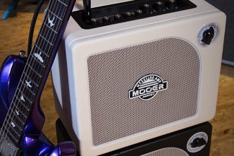 MOOER Hornet White Combo Amplifier