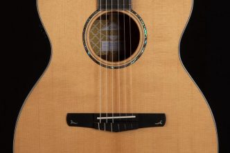 Cort Gold-OC8 Nylon Classical Guitar