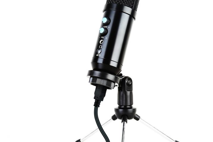 Kinsman KMUSB Plug and Play USB Professional Microphone with USB Port
